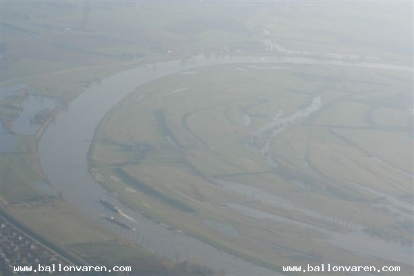 PH-JPH-Ballonvaart-boven-Deventer