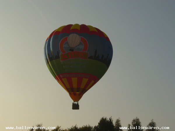 PH-MEE-Ballonvlucht-Passagiers-Connexxion-Biddinghuizen